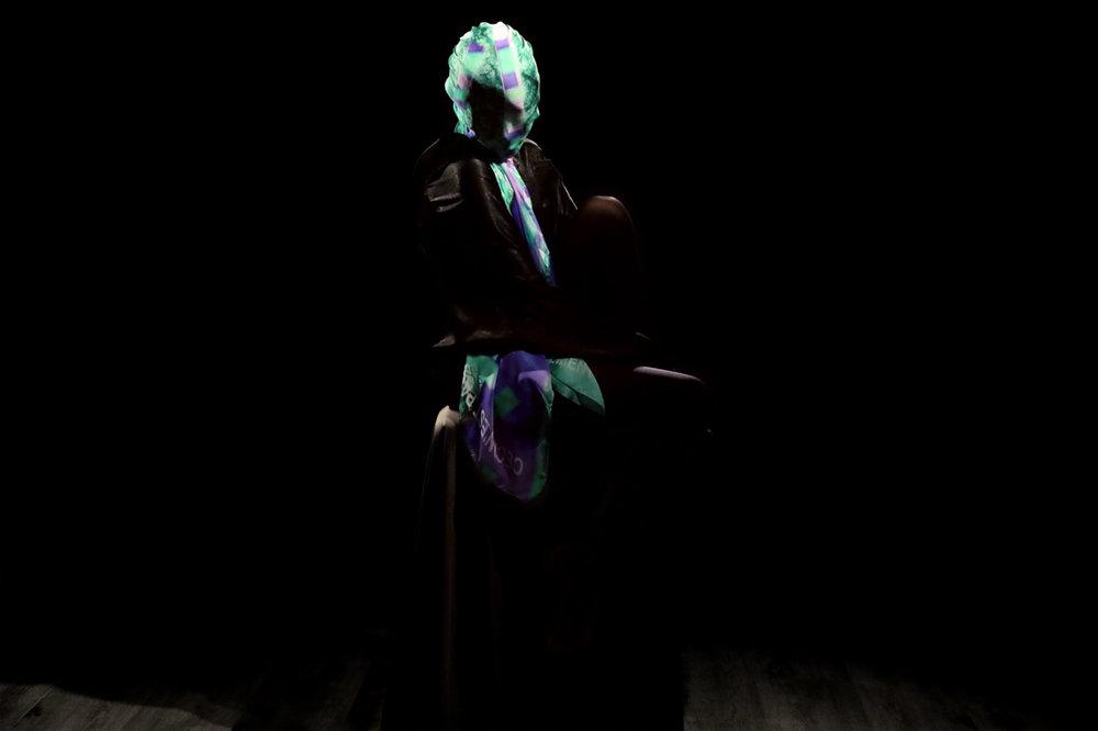 buy silk scarves online paris taipei tokyo ceci n'est pas un vetement L32A9925r.jpg
