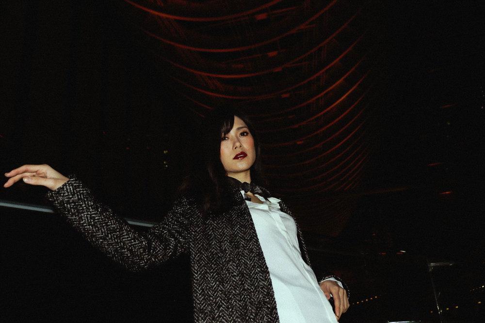 Buy black fashion silk scarf et carré de soie haut de gamme online