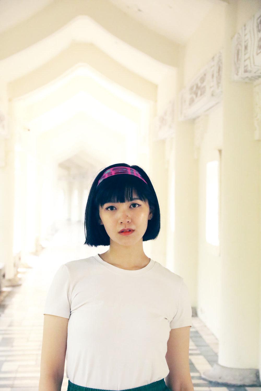 スカーフ 通販 女性 プレゼント hot pink scarf hairband as gift for woman from a friend of mine for lindawuss 電獺少女 and white t-shirt