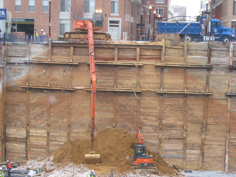 Excavator in action -Long Reach 002 - Copy.jpg