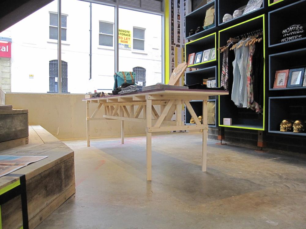 Urban Outfitters Europe: Enzo Mari Table