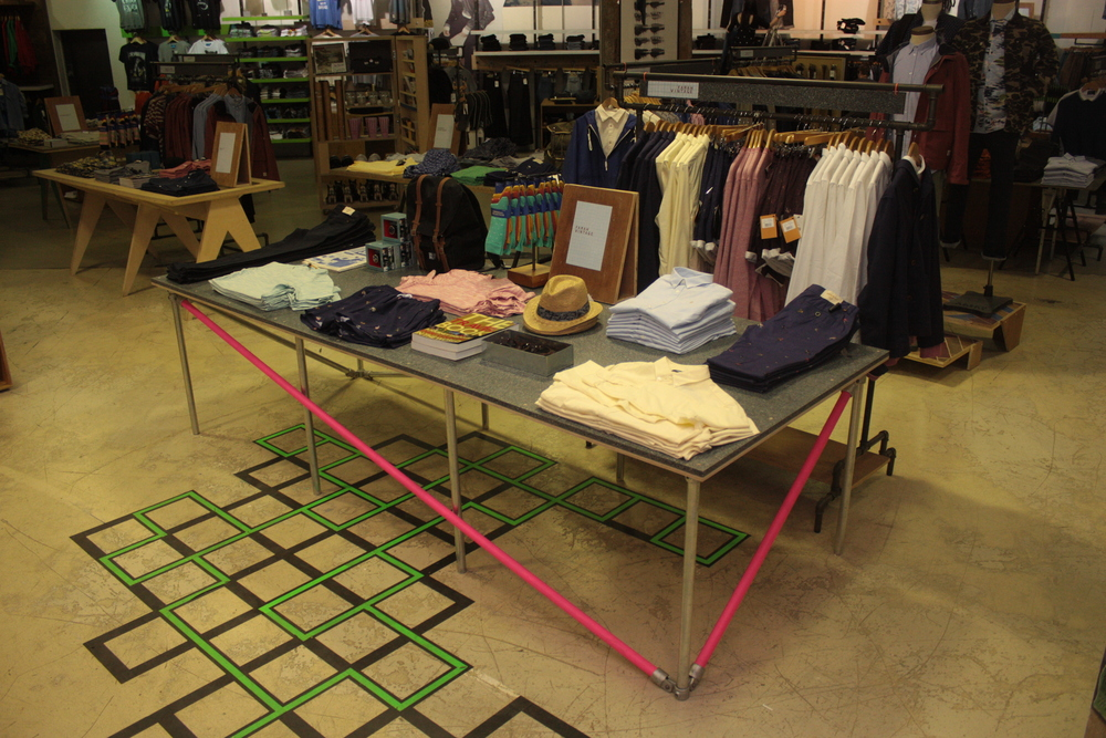 Urban Outfitters Europe: Recycled Plastic + Scaffolding Table