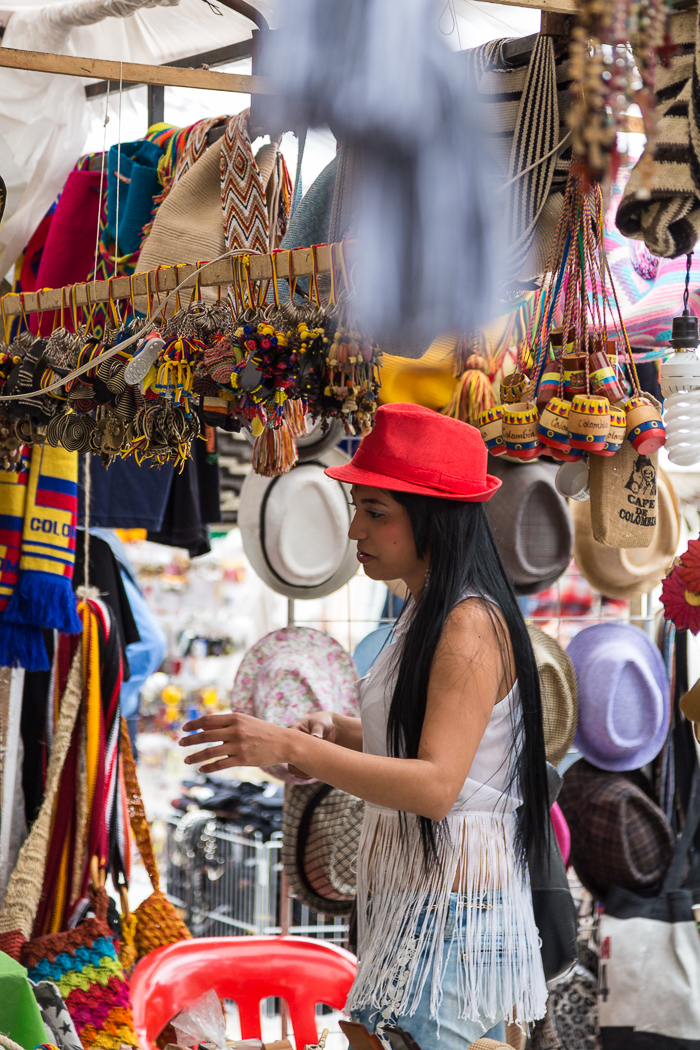 Buying a Hat, Market in Bogota