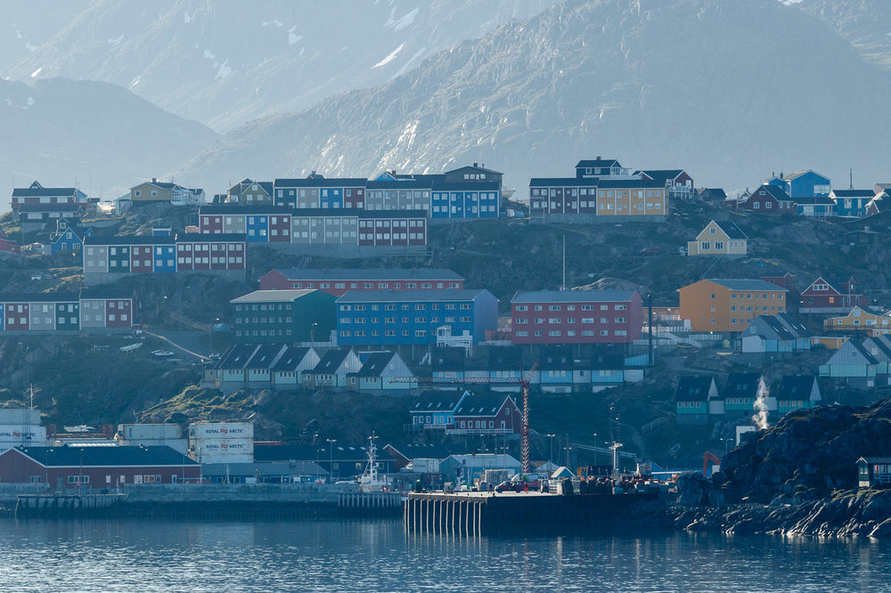 Coming in to Sisimiut