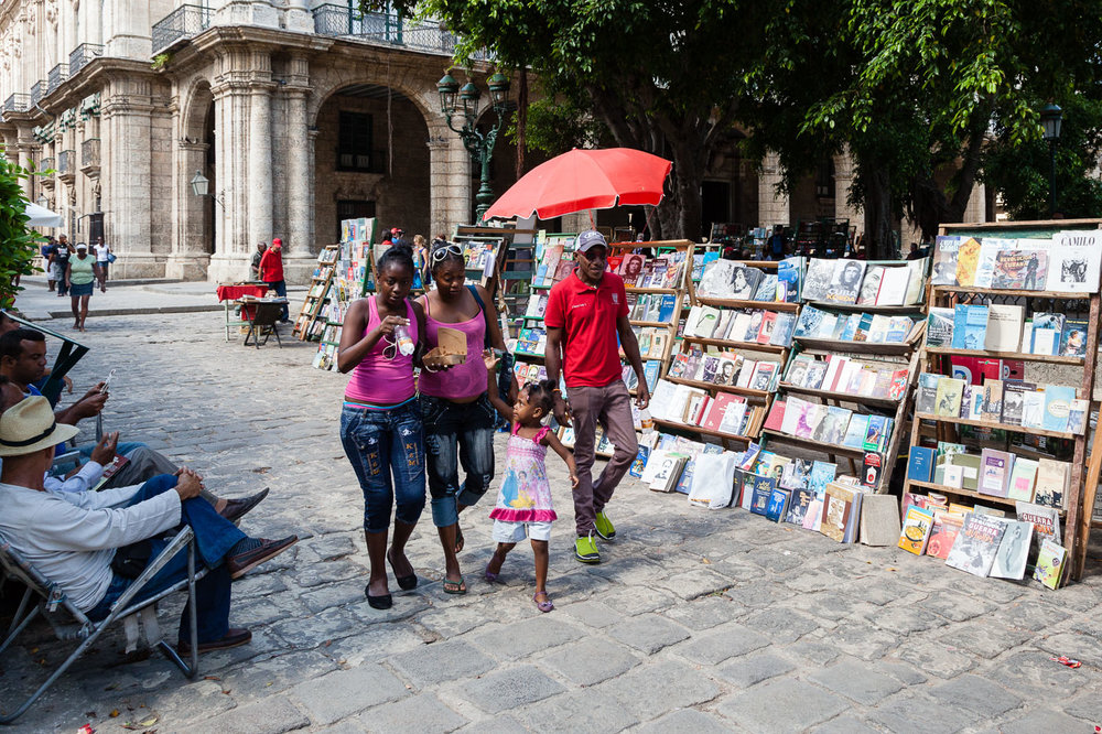 Family Out for a Stroll, Havana