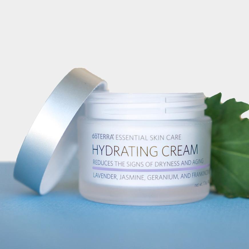 16x9-1600x900-NEW-hydrating-cream-us-en-web.jpg