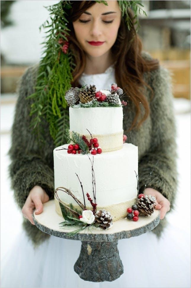 pinecone-cake-topper.jpg