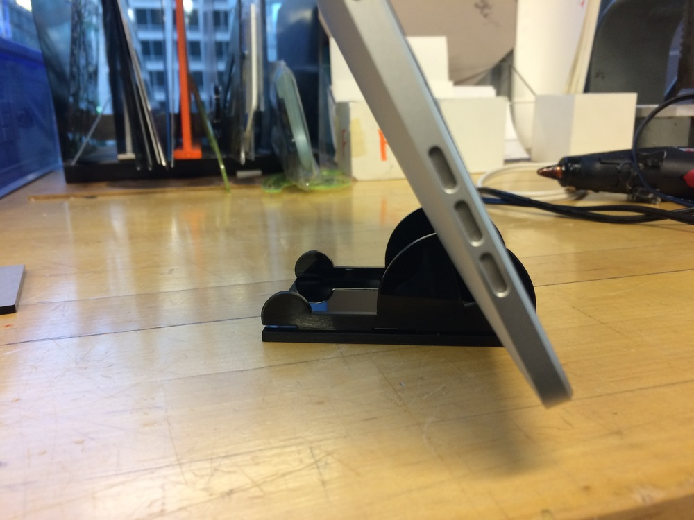 First prototype for ipad stand