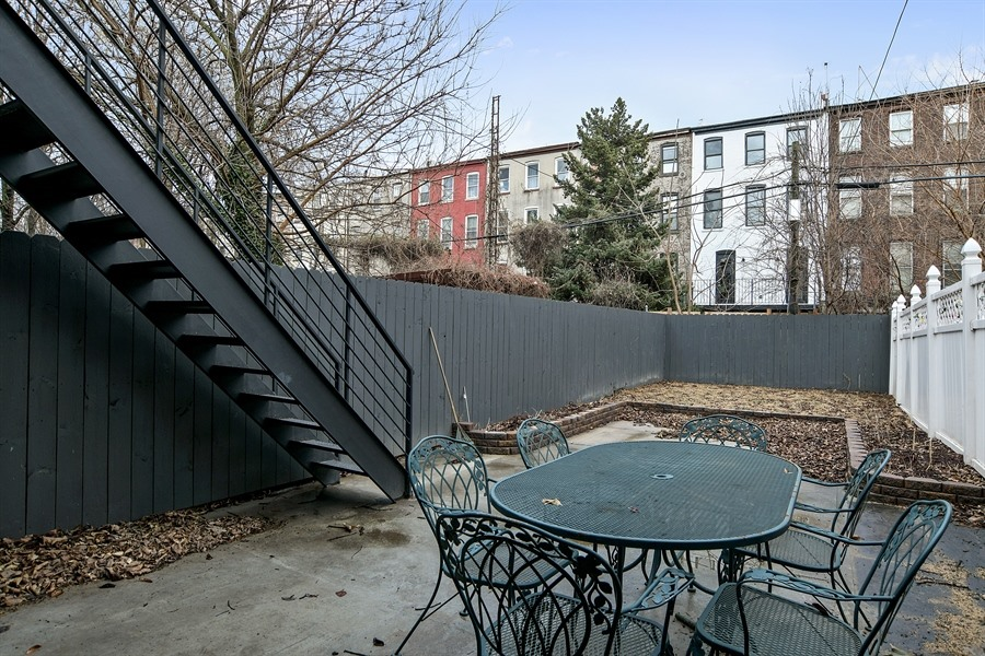 9_720MadisonAve_26_BackYard_LowRes.jpg