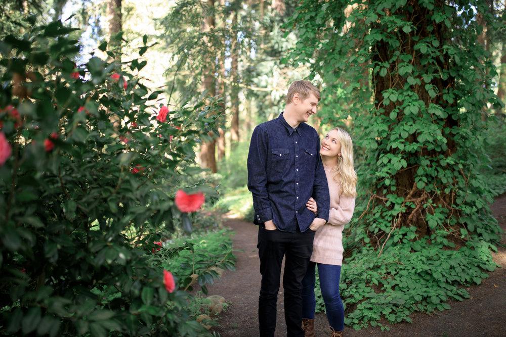 Leach Botanical Garden Engagement Session in Portland, Oregon ...