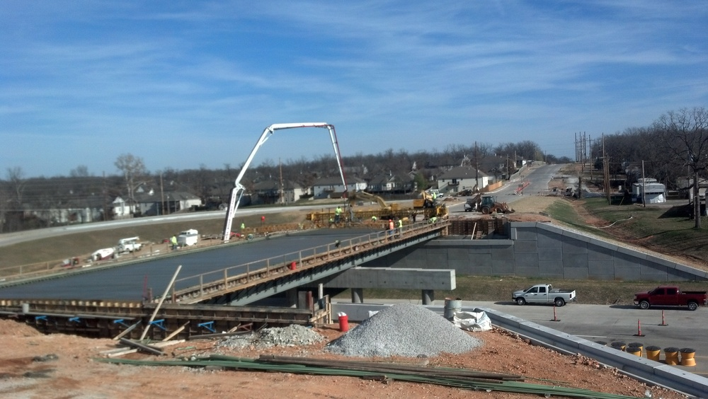 Joplin Rte. 43 Bridge Deck pour.jpg