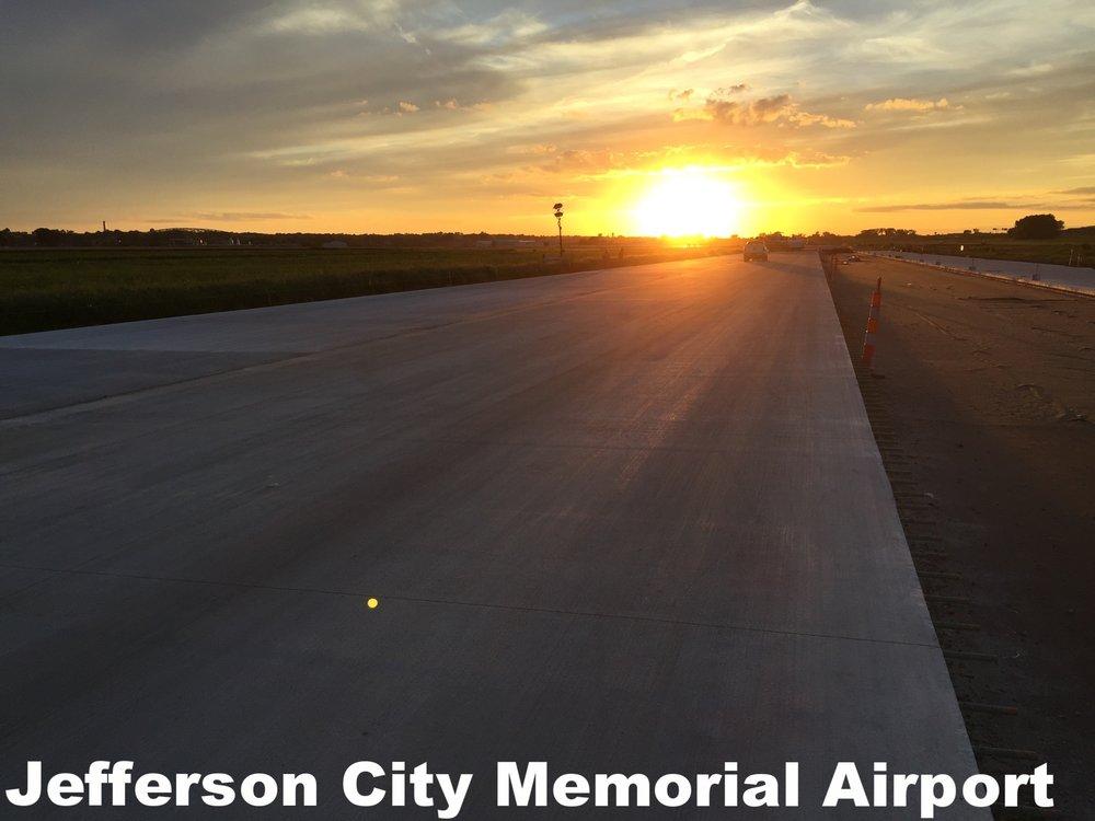 Airport pic 1.jpg
