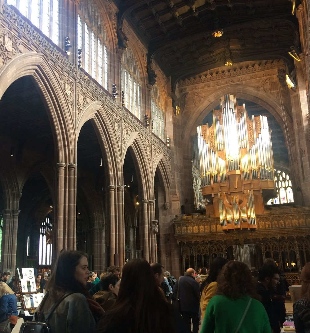 too busy to get good shots, but what a venue!