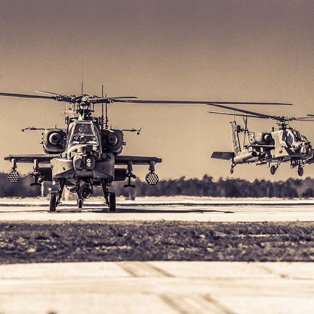 #helicopter #army #apache #businessend #kcae #aviation