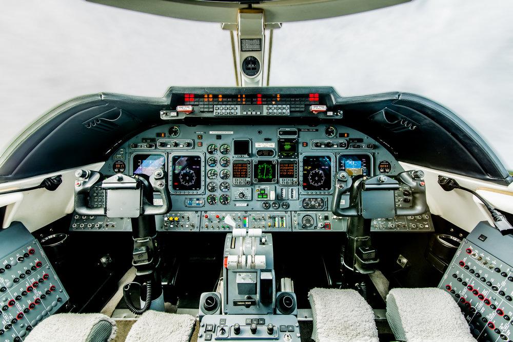 N404CD Interior-6.jpg