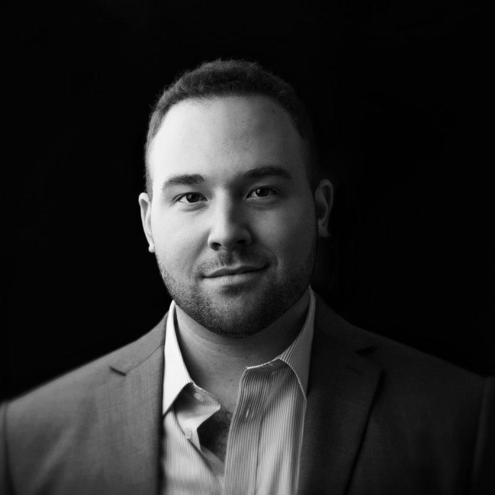 Max Seunik     DEPUTY EXECUTIVE DIRECTOR    max@youngdiplomats.ca   @maxseunik