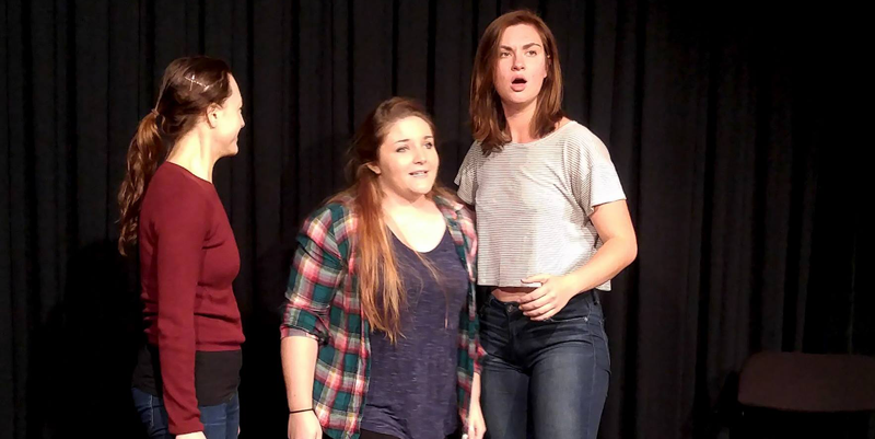CSz Philly Improv Students in a Scene