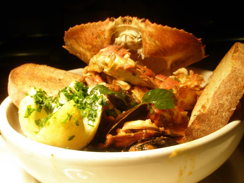 crab cioppino.jpg