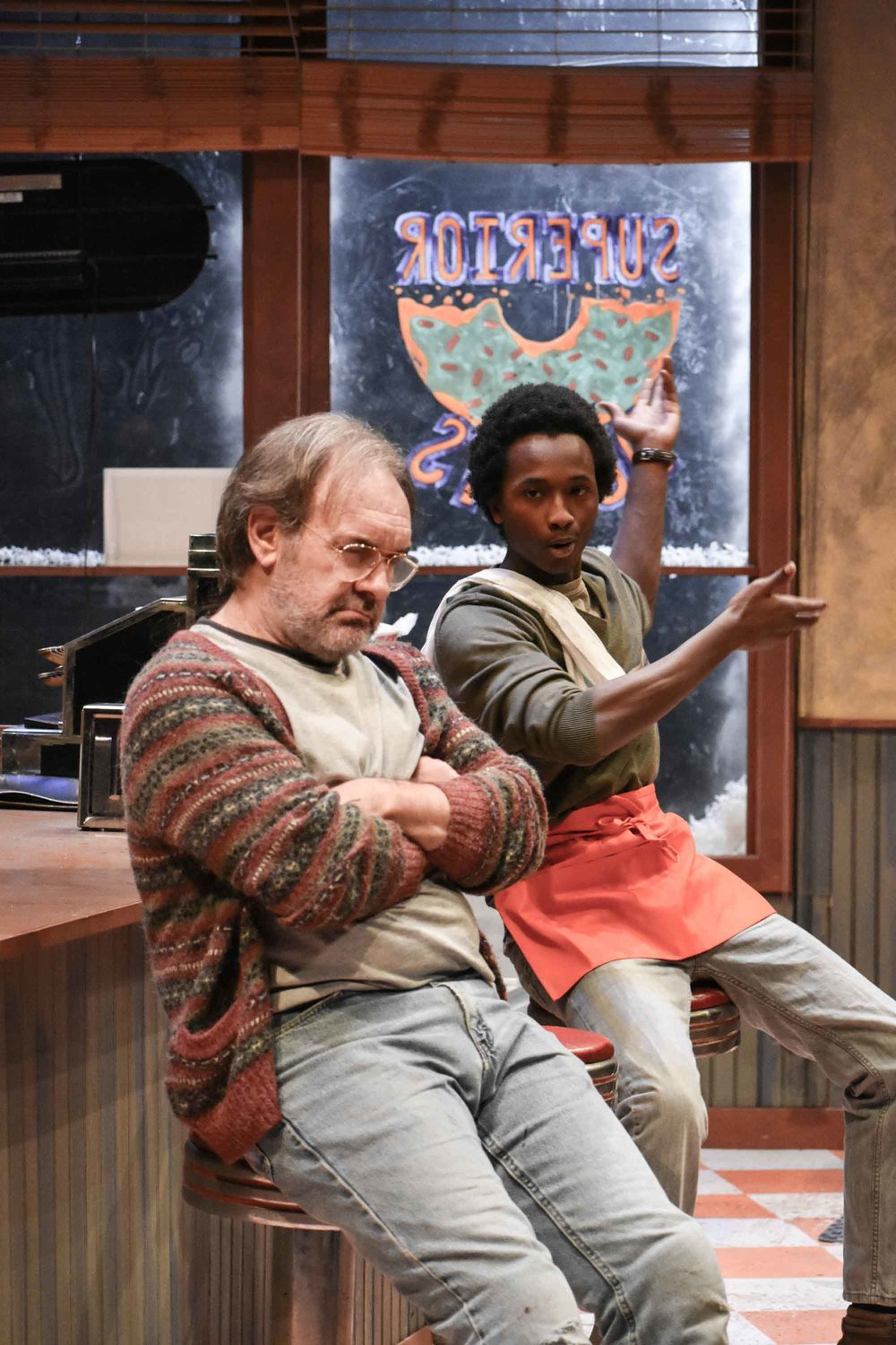 1718-05-SuperiorDonuts-Production-0294.JPG
