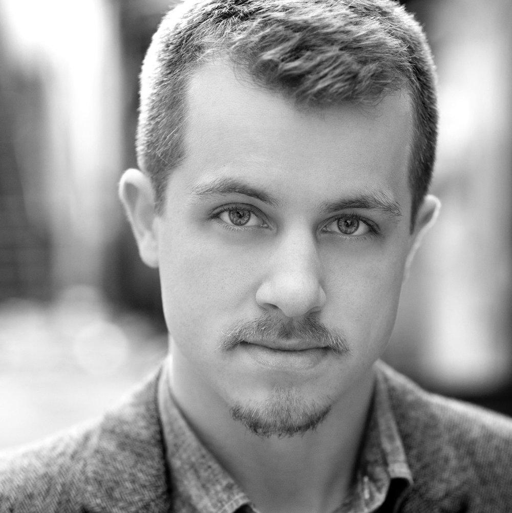 Vincent Hannam  as Edward Ferrars/Robert Ferrars/Gossip