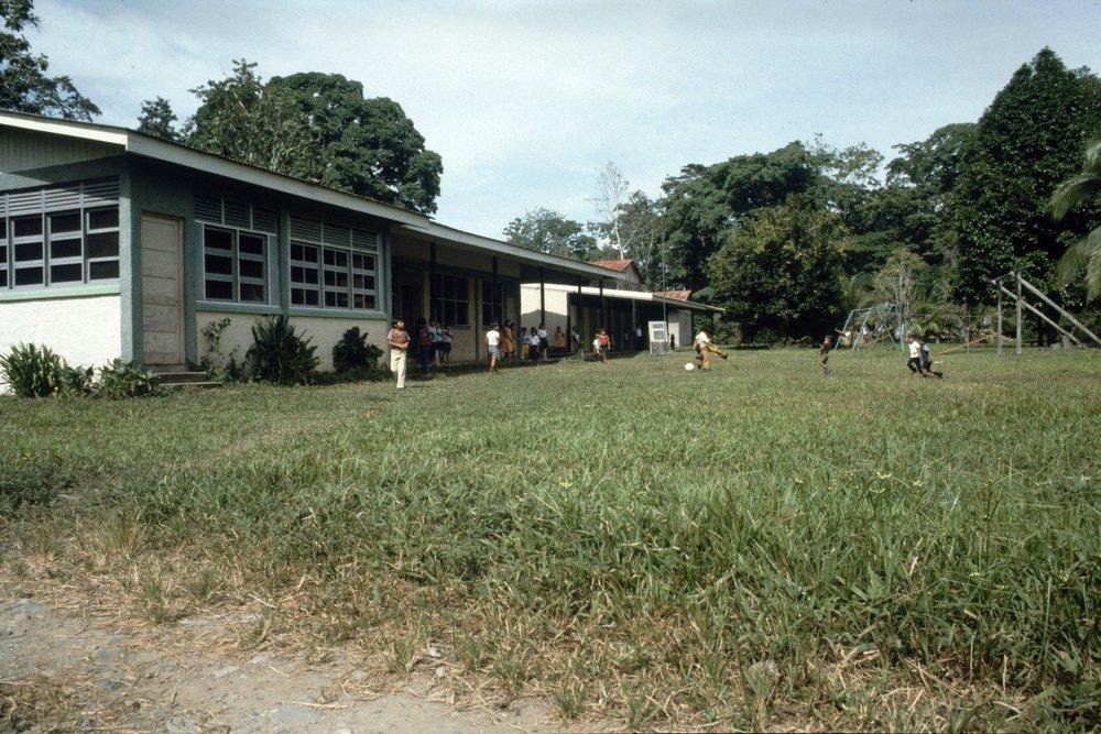 Nueva Escuela Puerto Viejo