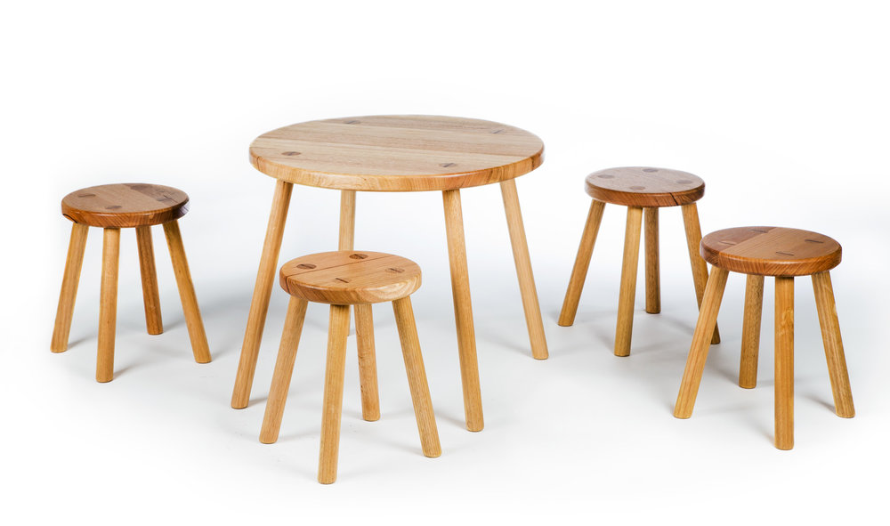 MOD STOOL & TABLE SET