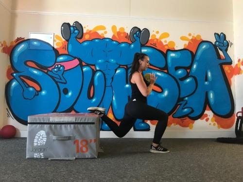 Progression: Bulgarian Split squat with Kettlebell