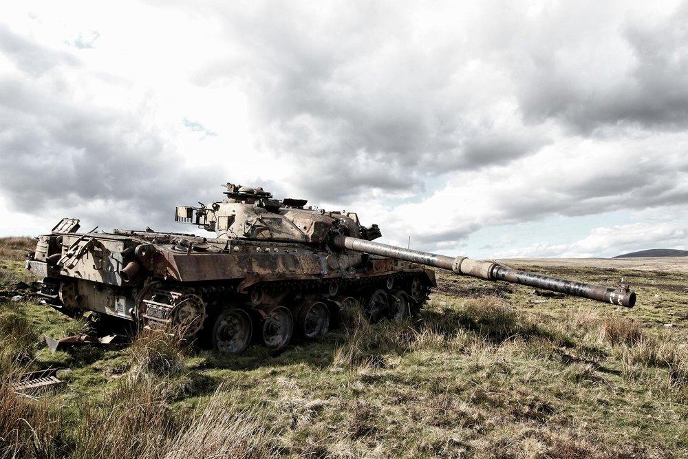 tank-1063755_1920[1].jpg