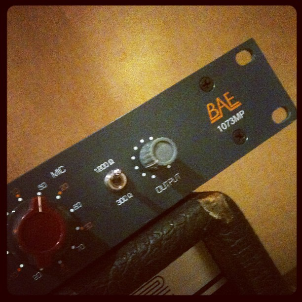Beautiful clear sound, quieter than sugar mouse on this Neve-style pre-amp.