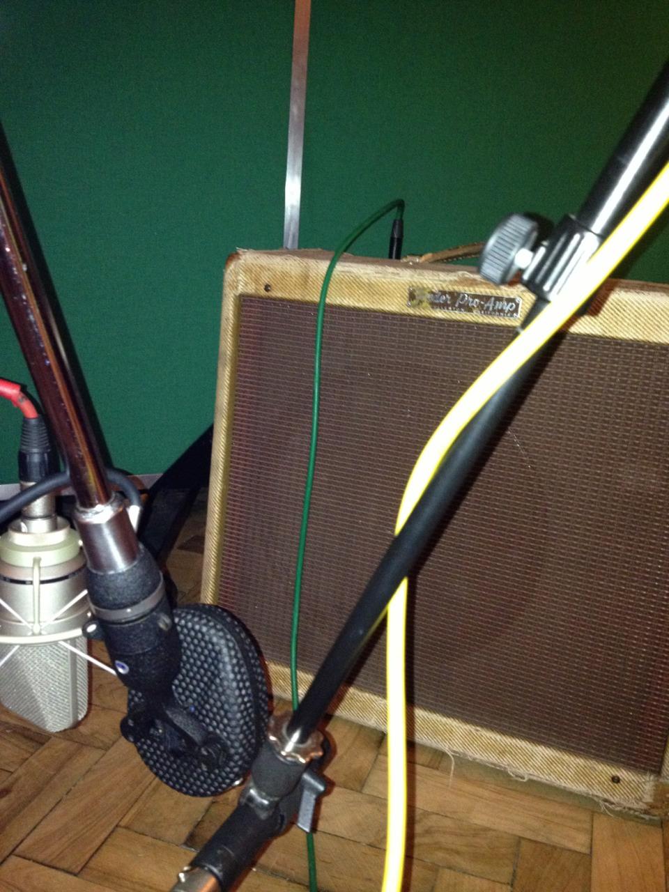 Octavia mk3-13m vs Coles vs Nuemann vs 1957 Fender amp for the lap steel. AKG 451 room mics out of shot.