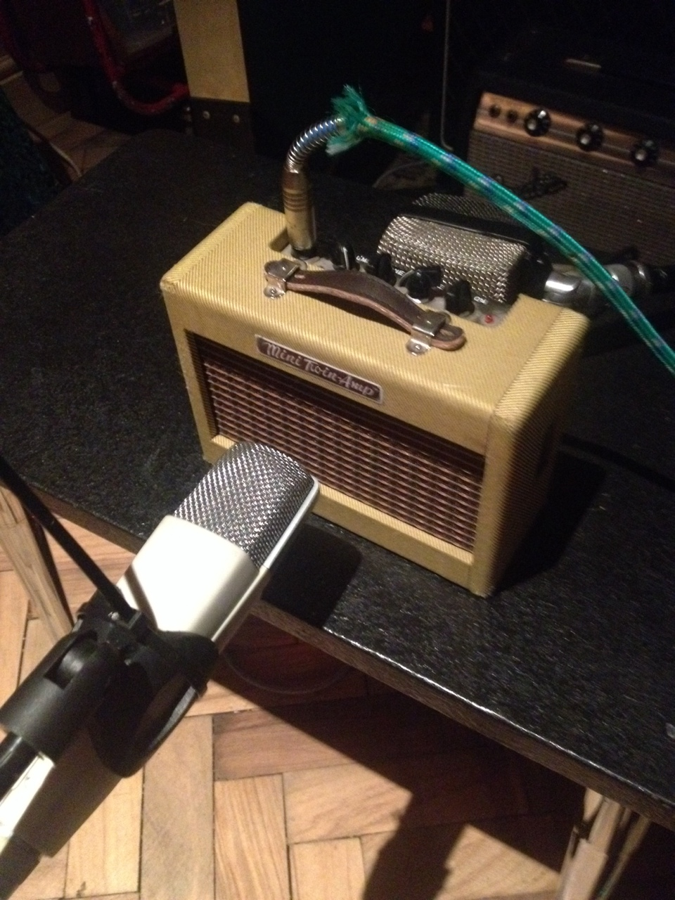 My buzzsaw is buzzsawier than yours: Fender mini twin through Sennheiser MD421 and AKG D12