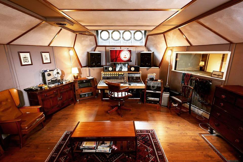 Lightship 95 studio control room - photo by Ben Phillips
