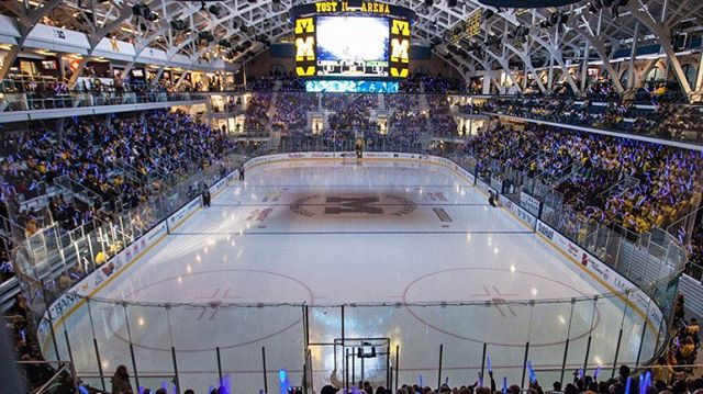 Just another unreal picture of Yost Arena!  #hockey #icehockey #collegehockey #yost #michigan #wolverines #uofm #hockeylife #arena #rink #ccm #bauer #ferda #gongshow