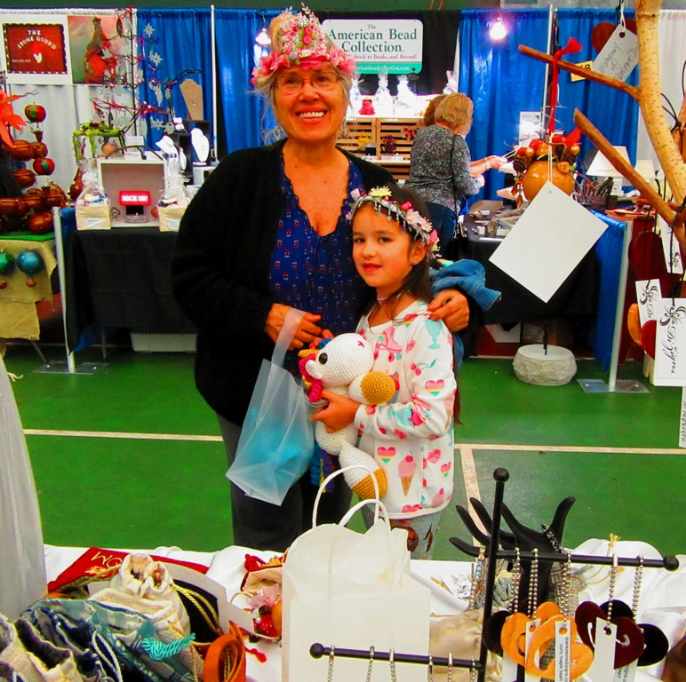 Karen and her granddaughter, Luna, were a couple just walking by that I HAD to give a heart to.  Karen had a booth at the fair, Karen's Crowns and Pillows, as displayed on their heads.  Thanks Karen and Luna (what a great name)!