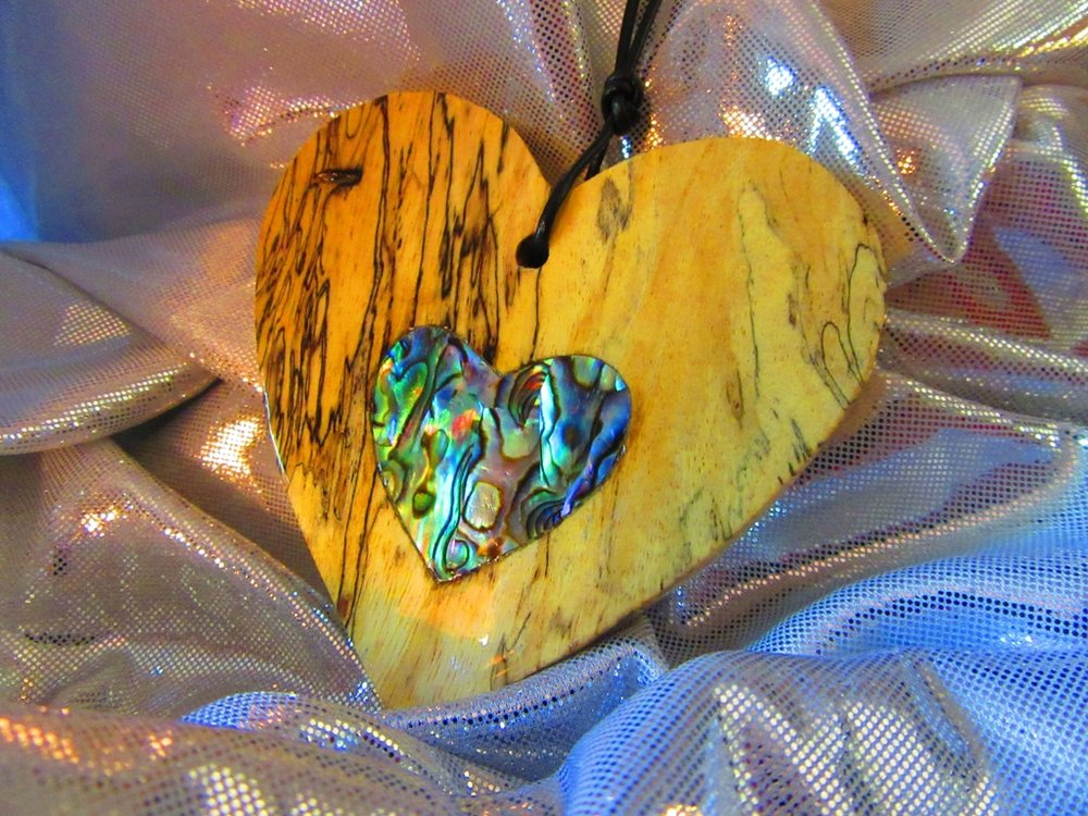 """3"""" Spalted Tamarind wood heart with solid Abalam heart inlay"""
