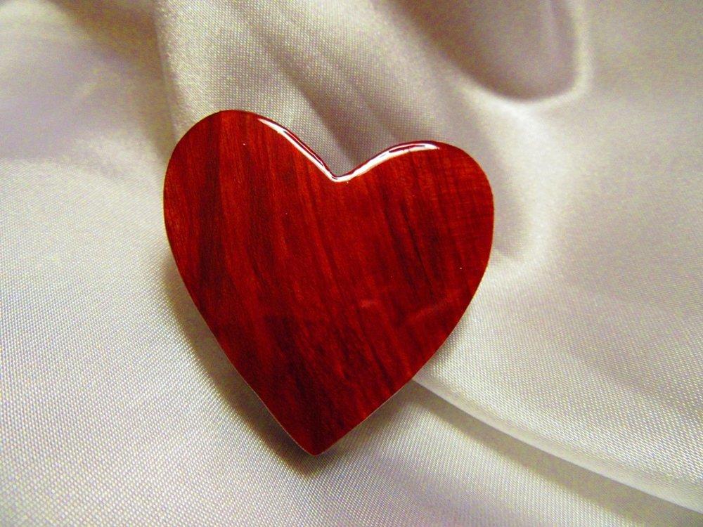 "less than 2"" Redheart back"