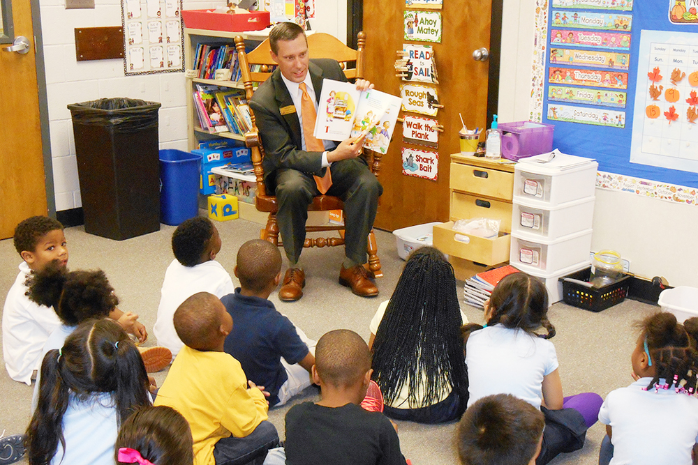 Mark Willis of Georgia School Boards Association at Annistown Elementary School