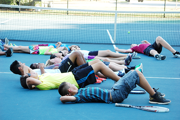2016_CrewsMS_TennisClub_077.JPG