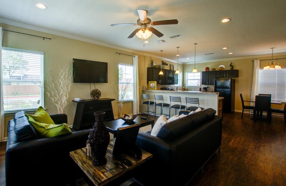 living room resize.jpg