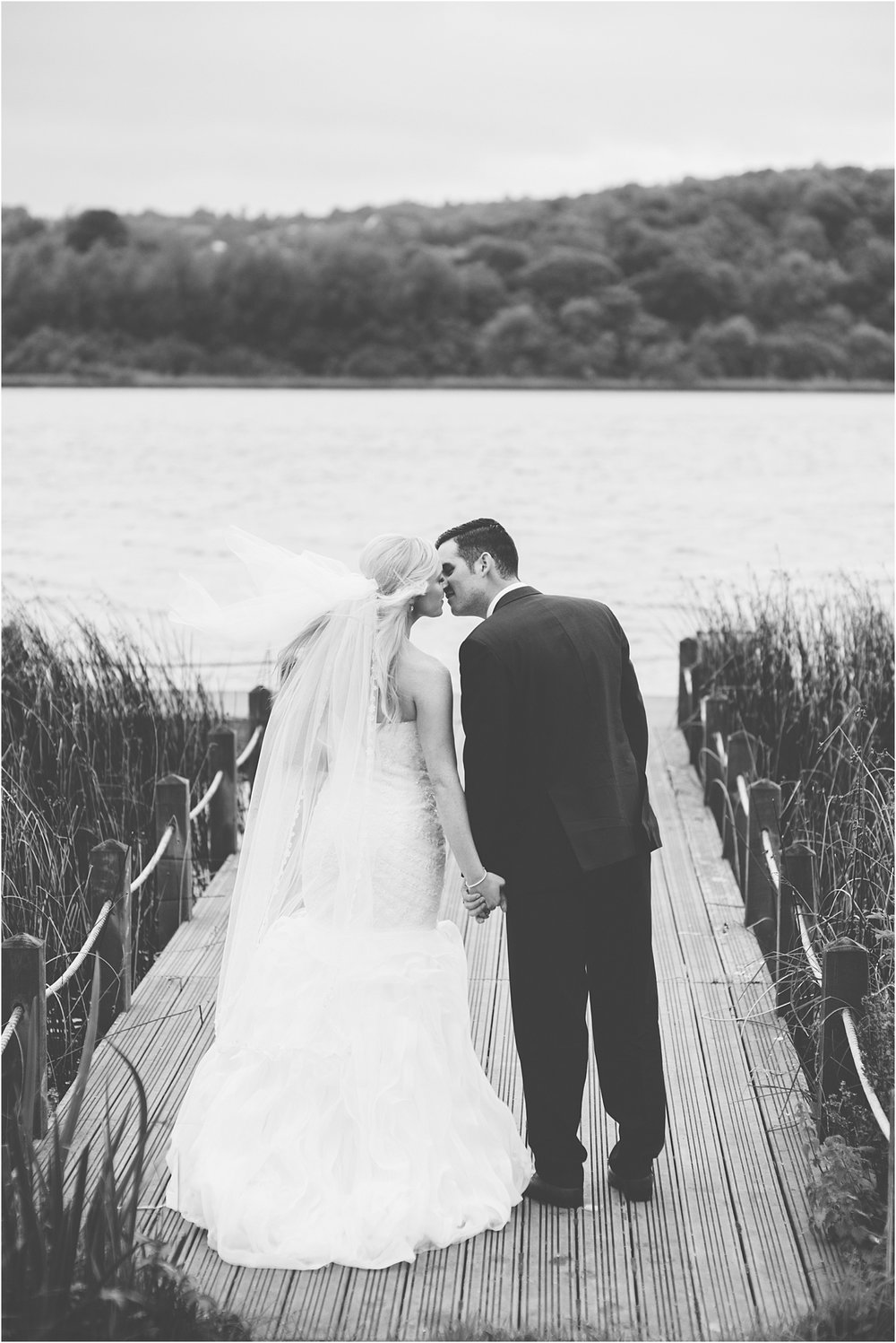 laura-lee-stephen-lough-erne-resort-wedding-photography-co-fermanagh_0048.jpg