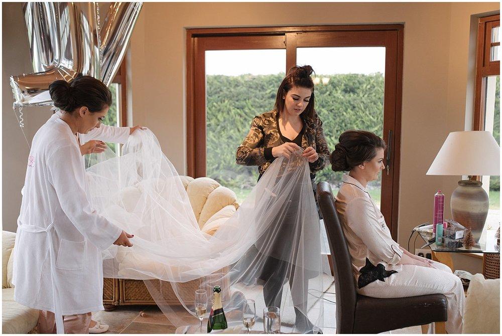 kerri_dave_ballymascanlon_house_hotel_wedding_0007.jpg