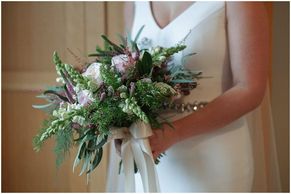 kerri_dave_ballymascanlon_house_hotel_wedding_0014.jpg