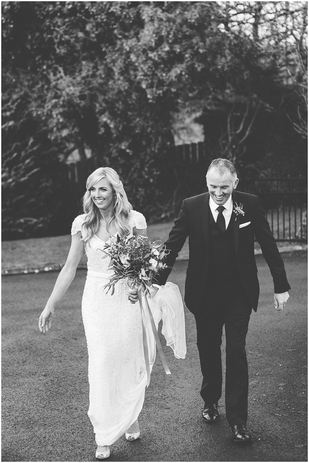 jill_Chris_Lough_Erne_Resort_Wedding_0033.jpg
