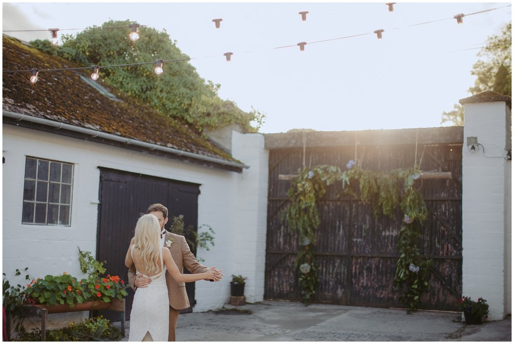 tara_neil_the_mill_alternative_quirky_wedding_jude_browne_photography_0180.jpg