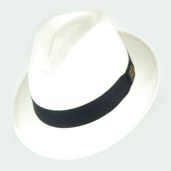 My new white Panama hat will be my best bet against the sun's rays in the city or inthe countryside. A long-gone accessory from the masculine world,I welcome its return from the past to accessorise the modern day man.