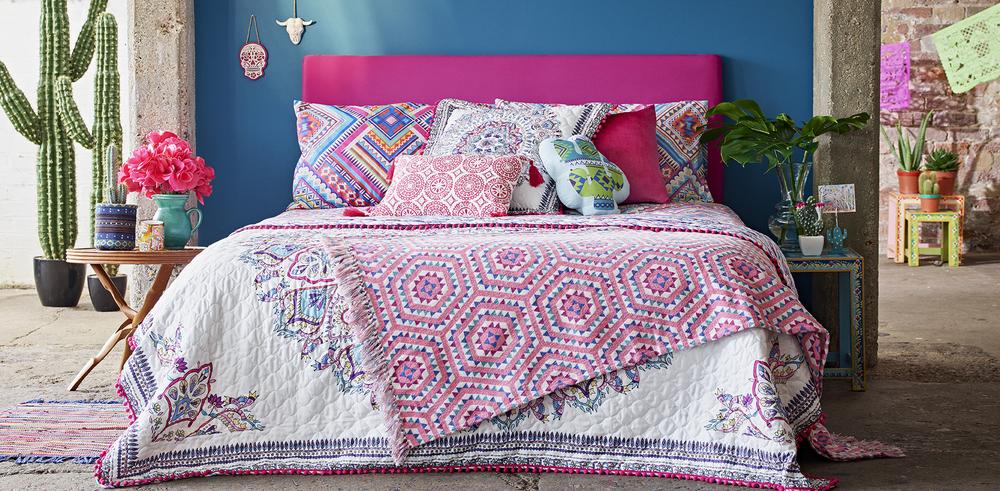 Summerize your bedroom.