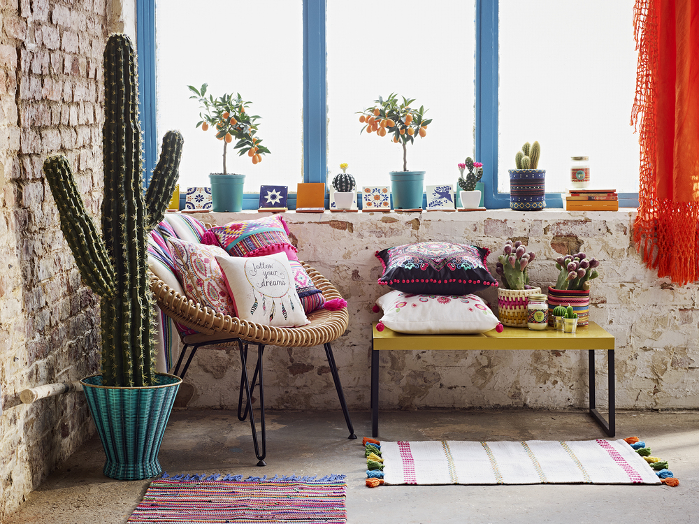 If you love a boho look, this is for you, although a pop of colour in a minimalist environment works brilliantly.