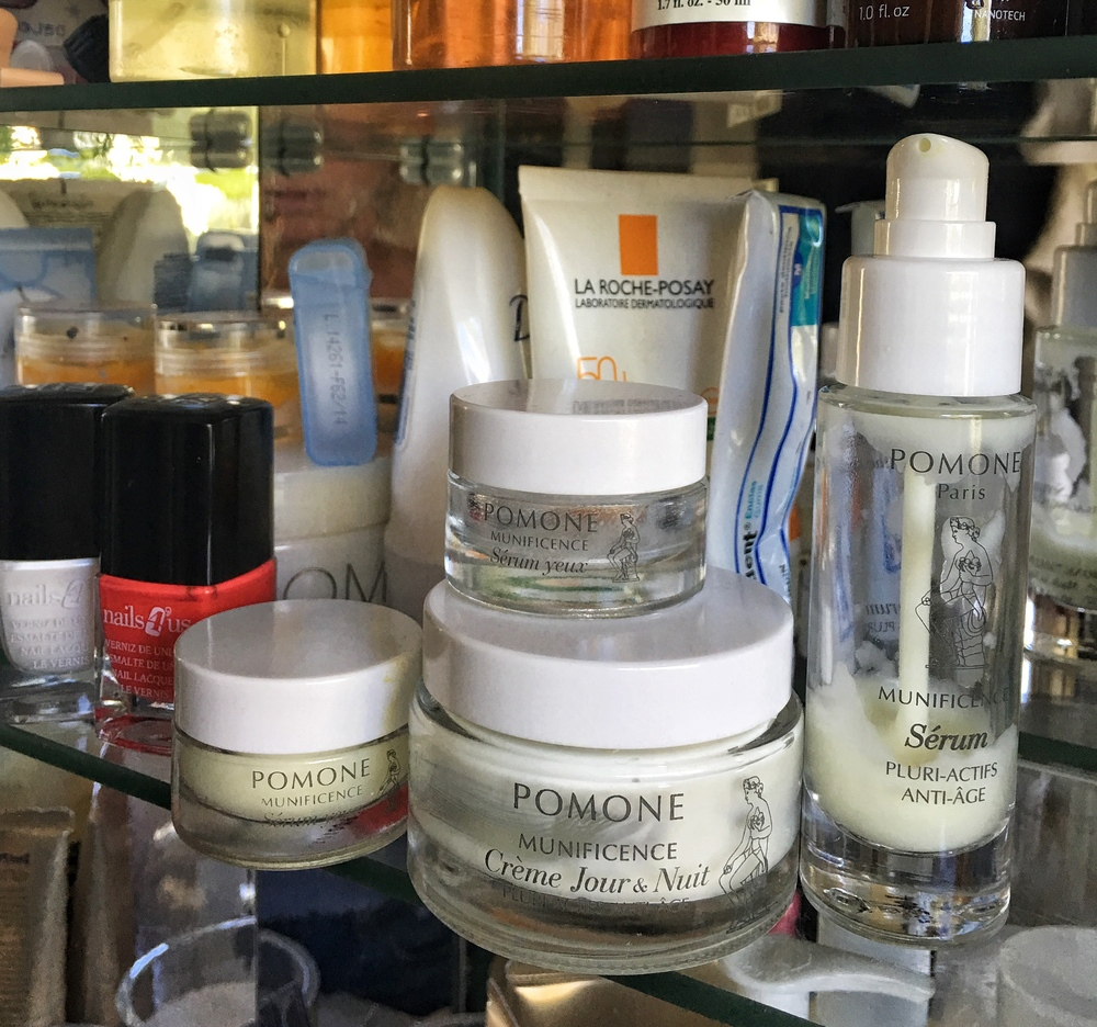 I've been using the Pomone brand religiously for the last month and I'm loving it!
