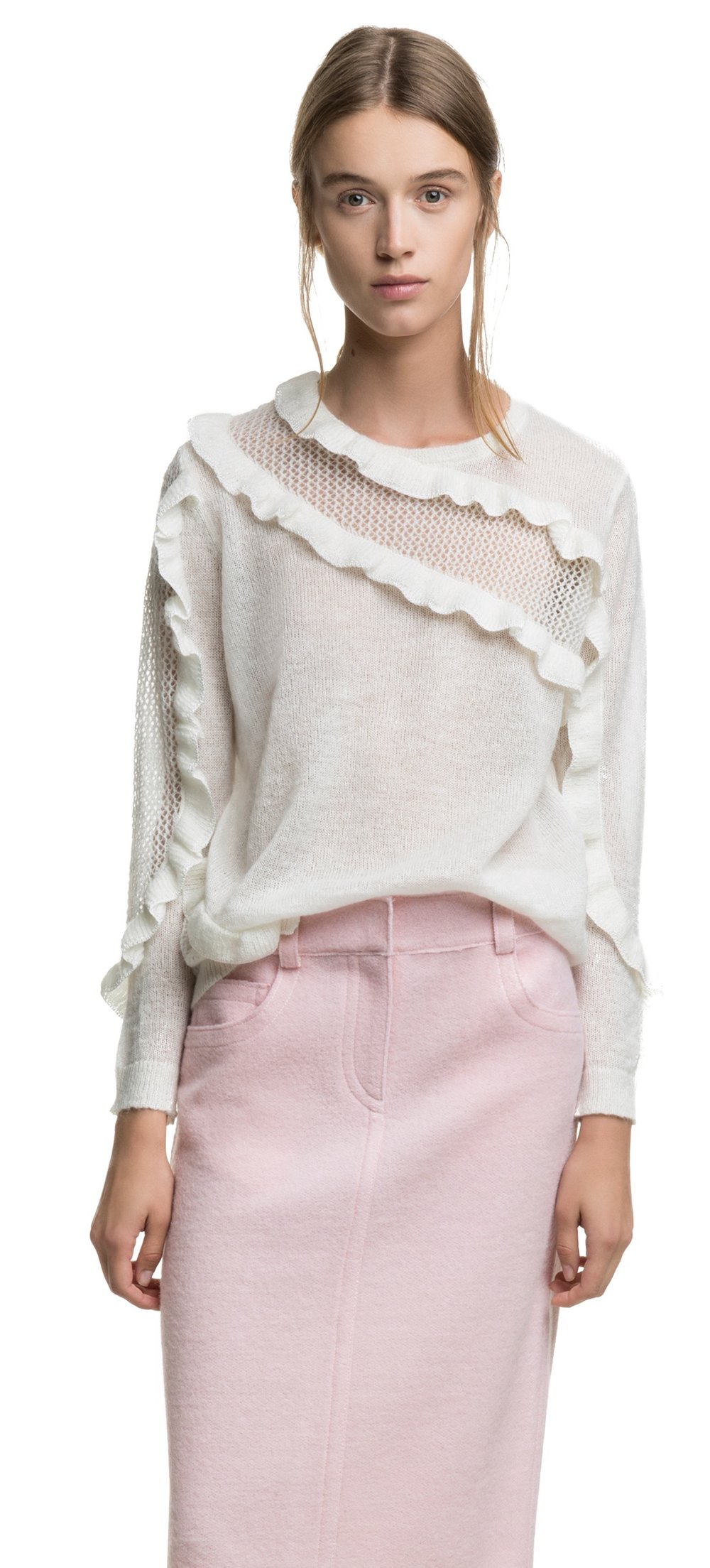 The feminine sweater, wear at night for a different impact, 73 euros