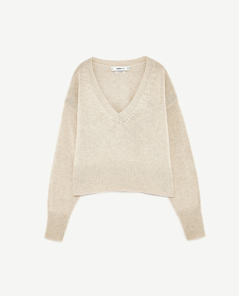 The ultimate cashmere sweater, great cut, and super soft. This is a classic, especially in this oatmeal colour.